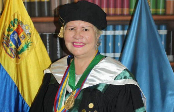 Dra. Luisa Cáceres